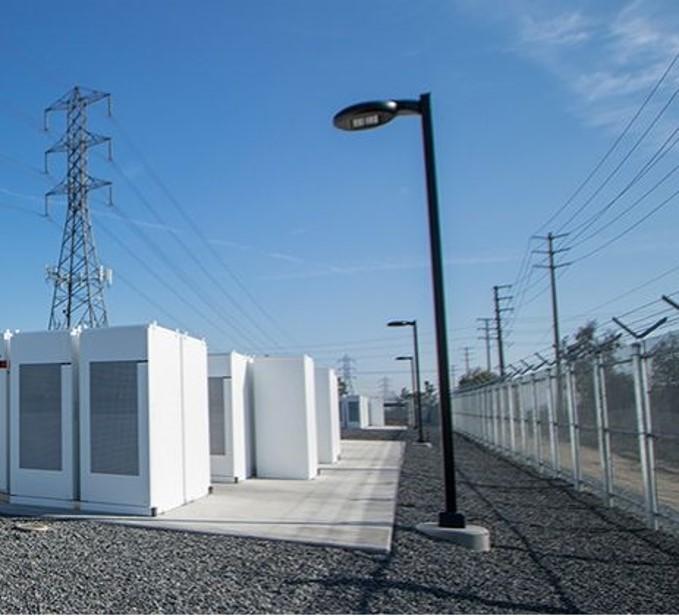 Le stockage de l'électricité, quelles opportunités pour les collectivités et industries ?
